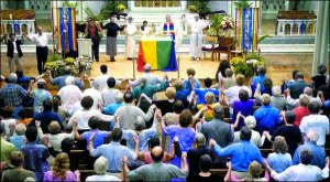 Bild: http://tradcatknight.blogspot.com/2014/11/palm-springs-novus-ordo-church.html